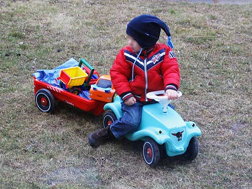 Martin krusches flame spielzeug drauf bobby car